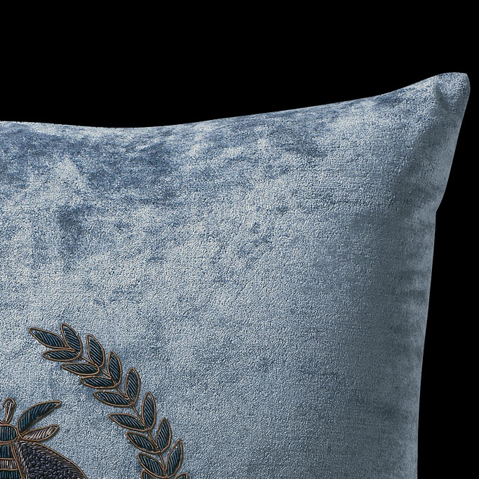 The-Emy-Pillow-Nocturne-2